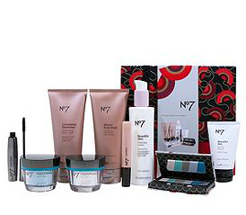 Save £7 when you buy No7 The Ultimate Collection